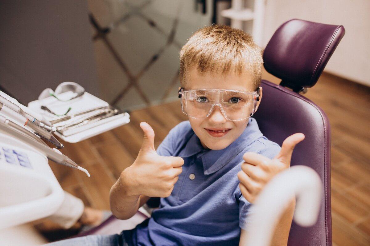 Cómo elegir un buen dentista infantil