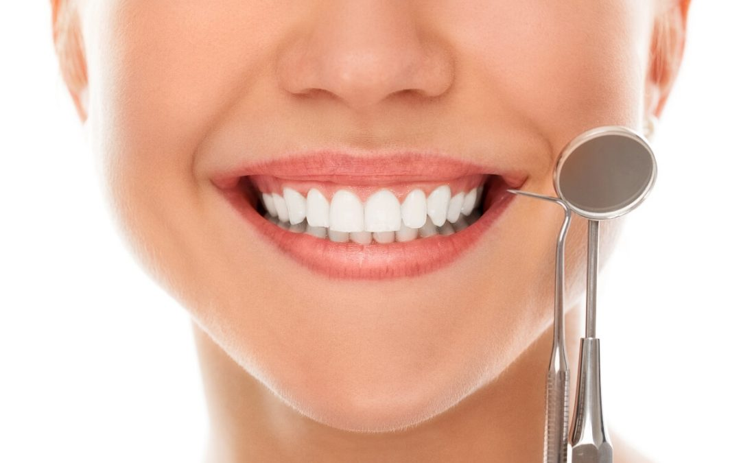 Trucos para fortalecer dientes y encías